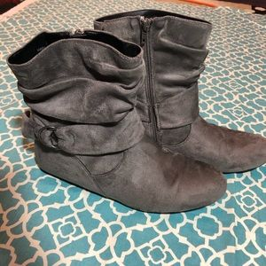 Grey Ankle slouch boot size 9